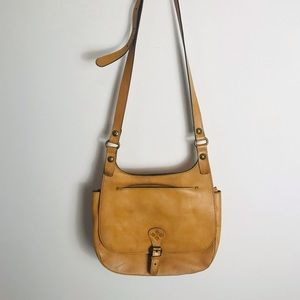 Patricia Nash Vintage Saddle Bag Tan
